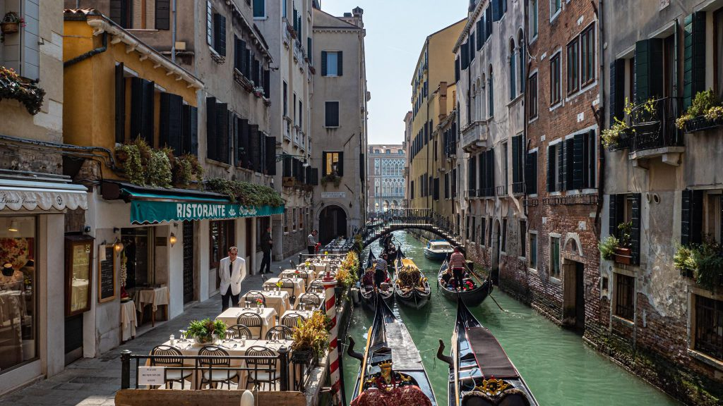 Conscious Traveller's Guide To Venice – 9 Valuable Tips For A More Responsible Visit